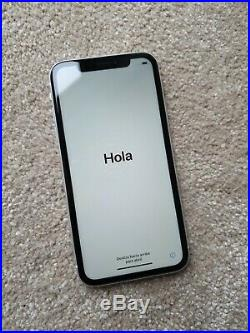 Apple iPhone XR 64GB No Signal, icloud, Spares only. Excellent condition
